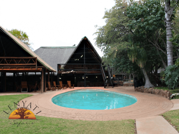 Lenyati Safaris accomodations